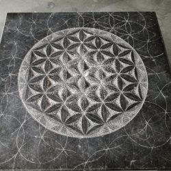 Flower of life, Belgisch hardsteen (60x60x4) € 3000